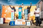 Francisco Castellano hace entrega de los premios a los ganadores del I Campeonato de Europa de KiteFoil de Gran Canaria